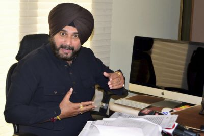 MP Elections 2018: BJP Demands sorry from Sidhu  Over 'Thoko' Remark Against Indore Mayor