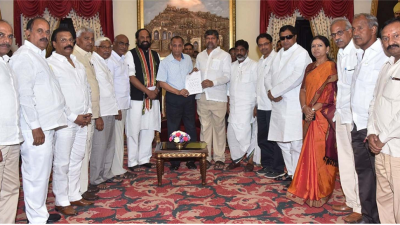 Congress, TDP, CPI form grand alliance against TRS in Telangana