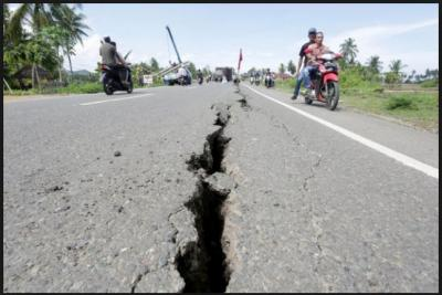 An Earthquake of 6.1 in magnitude jolt the Philippine Island; eight people killed