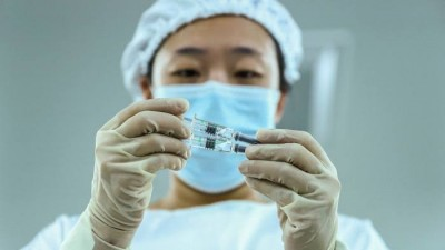 Covid crisis: China delivers another slot of 1 million vaccines to Pakistan