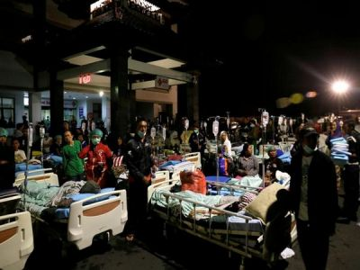 The death toll raises to 82 in Indonesia earthquake
