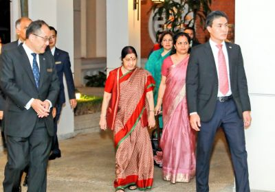 For 'Pravasi Bharatiya'  Relief is just 1 tweet away :  Sushma Swaraj in Vietnam