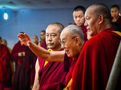 China tries to eradicate Dalai Lama from Tibetans' religious lives