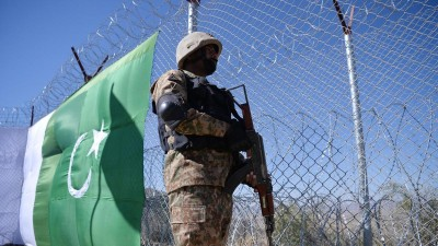 Terrorist attacks in Balochistan again, 5 Pak soldiers killed
