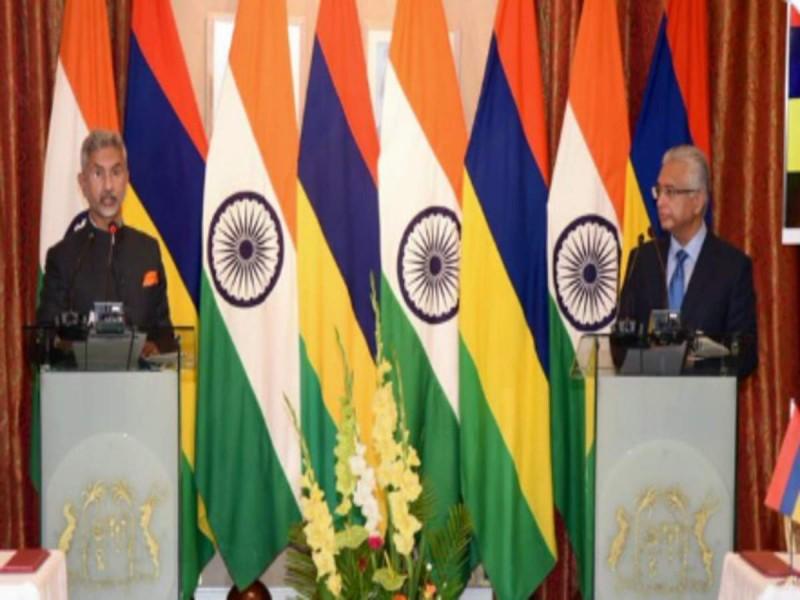 भारत ने की मॉरीशस के साथ रक्षा और व्यापार समझौतों की शुरूआत