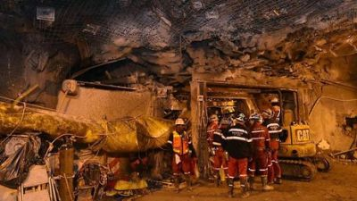 Illegal Gold mine collapse in Indonesia,  Six dead, dozens trapped