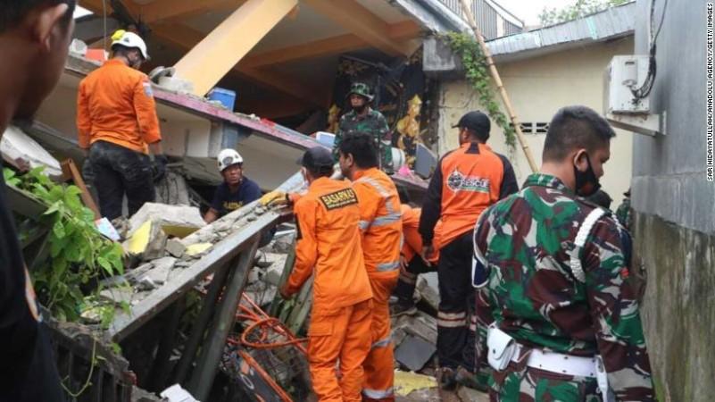 इंडोनेशिया के सुलावेसी में आया भयंकर भूकंप, 7 लोगों की हुई मौत