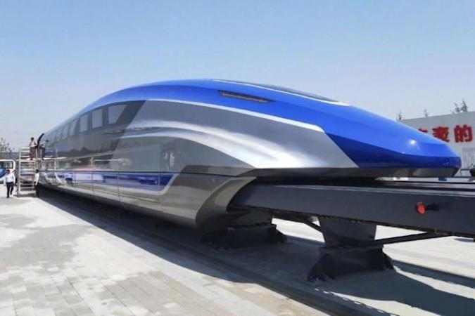 चीन ने लॉन्च की दुनिया की सबसे तेज ट्रेन