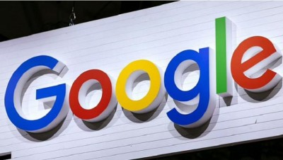 Google representative speaks in front of parliamentary panel, listens to people