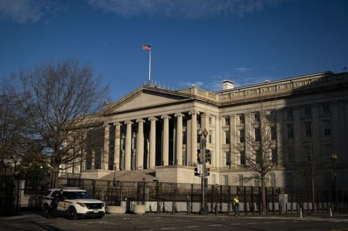 अमेरिकी बजट घाटा वित्तीय वर्ष के पहले 8 महीनों में 2.1 ट्रिलियन अमेरिकी डॉलर के रिकॉर्ड में बढ़ा