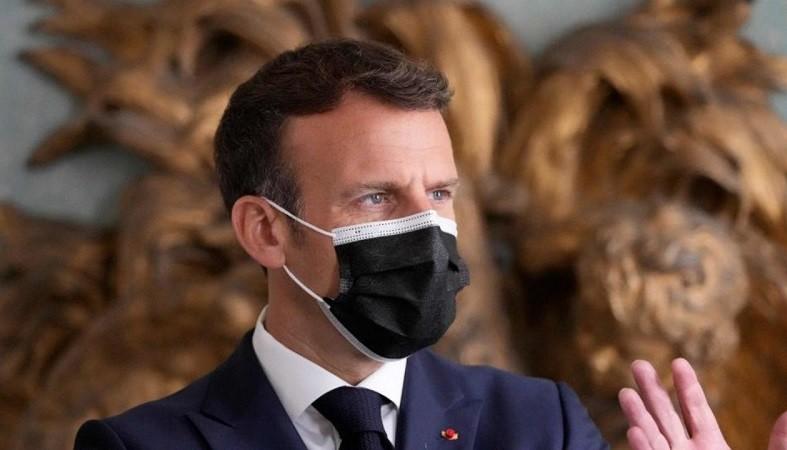 फ्रांस के राष्ट्रपति मैक्रों को थप्पड़ मारने वाले व्यक्ति को हुई 18 महीने की जेल