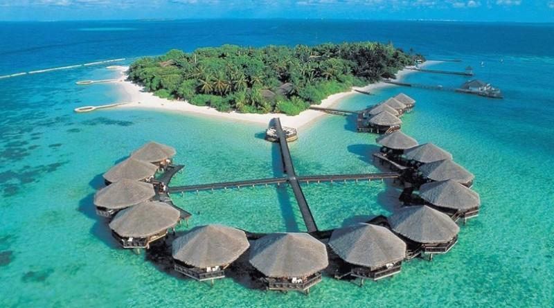 मालदीव द्वीपों के बीच गैर आवश्यक यात्रा पर लगा प्रतिबंध