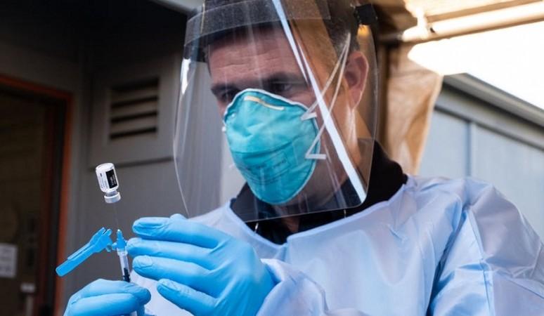 ऑस्ट्रेलिया में ठीक तरह से नहीं चल रहा वैक्सीनेशन अभियान: सर्वे में हुआ खुलासा
