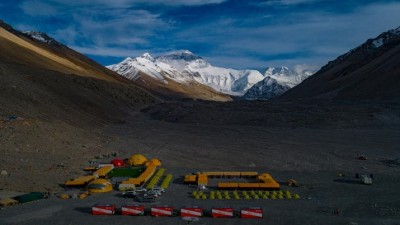 China to create 'line of separation' at Mount Everest peak