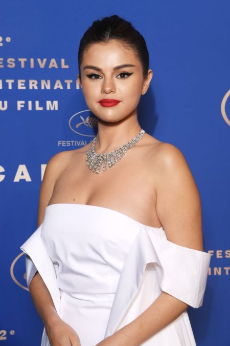 Sassy Selena Gomez makes her debut to Cannes
