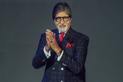 Amitabh Bachchan provides ventilators to BMC amid COVID crisis and orders 50 oxygen concentrators from Poland