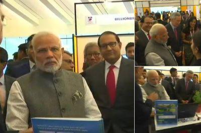 PM Modi visits India-Singapore innovation exhibition