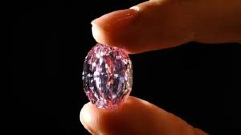 इस हीरे की कीमत जान आप हो जाएंगे हैरान