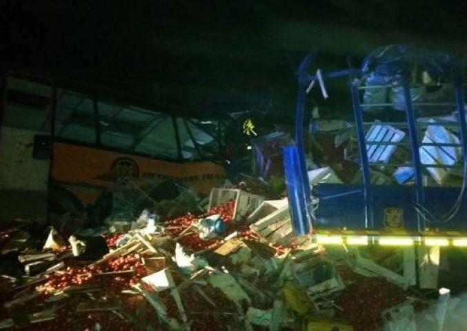सड़क हादसे में घाना में 61 लोगों की मौत