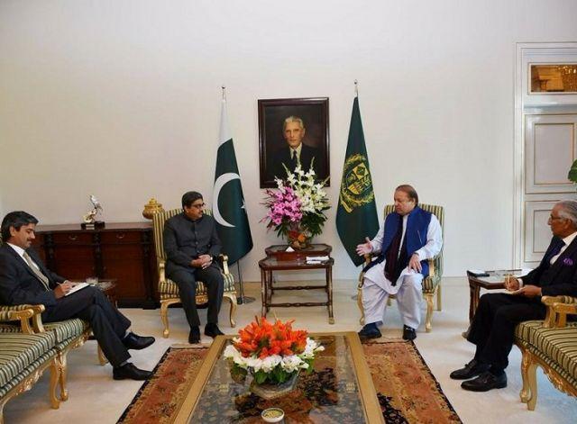 भारत के उच्चायुक्त ने की पाकिस्तान के प्रधानमंत्री से भेंट