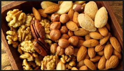 Beauty & Health Benefits of eating Dry fruits; can treat Weight management to hair loss