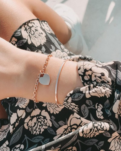 Aiming To Reach Sky-high Success With Their Exotic Range Of Jewel Pieces And Accessories Is ENGELSINN