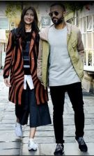 Anand and Sonam grab light with their fashion