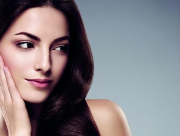 इन आसान सौंदर्य युक्तियों को अपना कर पाए बेदाग त्वचा
