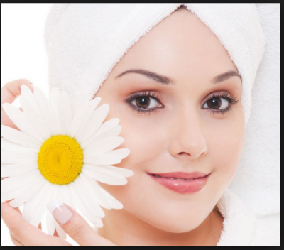 Summer special facial with these fresh fruit face pack gives natural glow on the skin