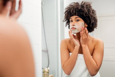Try these 4 face packs to get a radiant skin this winter