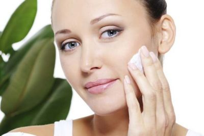 3 homemade cleansers to glow your skin on Diwali party