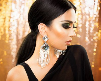 Look Beautiful on this Diwali by these tips!