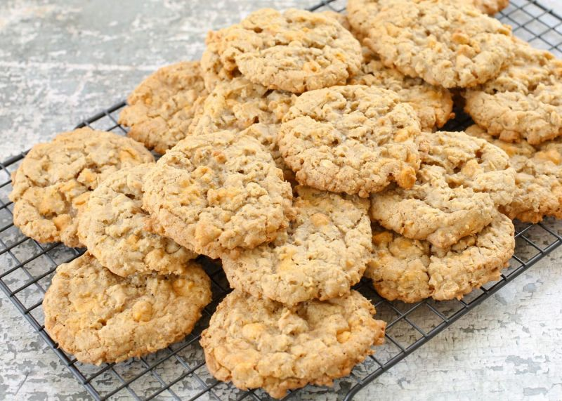 Make delicious and healthy Butter Scotch Cookies for your kids with this simple recipe