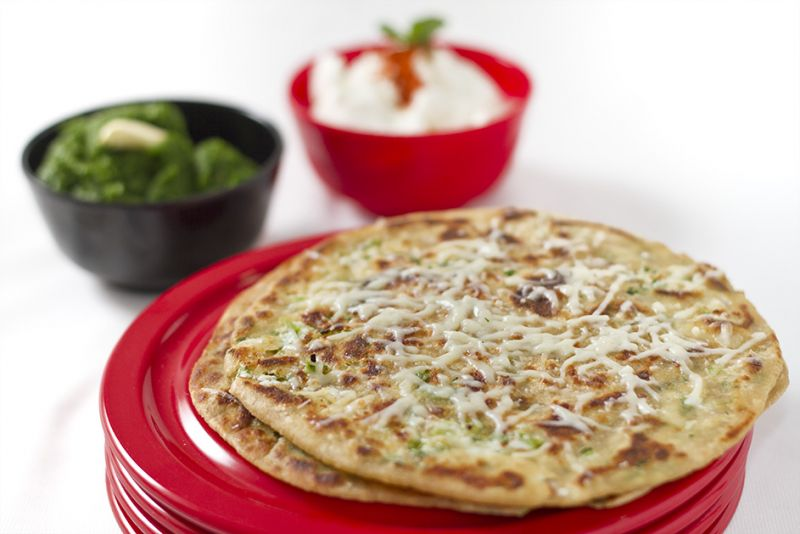 make tasty Paneer Chilli Paratha at home with this recipe