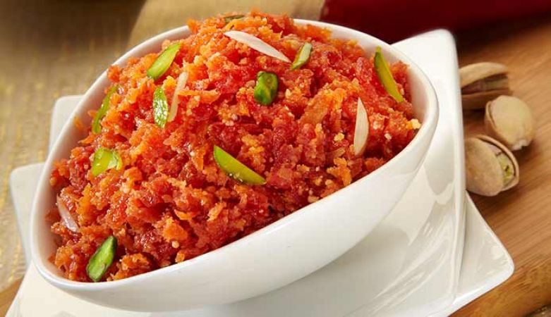 Make delicious Gajar ka Halwa with this three-step recipe
