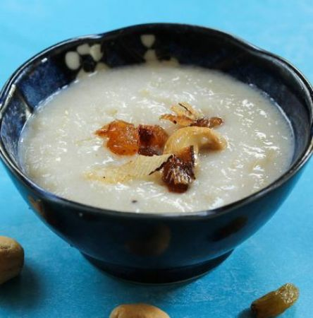 Make delicious and healthy Rava kheer with this easy recipe