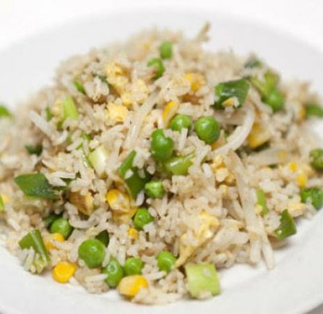 Easy and amazing recipe to make delicious Egg and Garlic Fried Rice