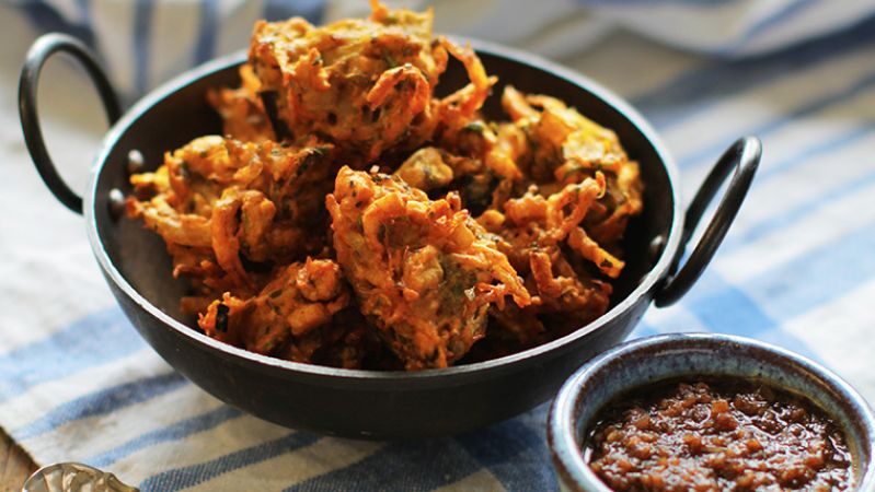 Make Vegetable Pakoda with this easy and amazing recipe