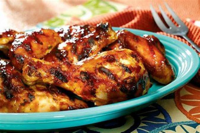 इस तरह बनाएं मेम्फिस-स्टाइल स्वीट एंड स्पाइसी बीबीक्यू चिकन