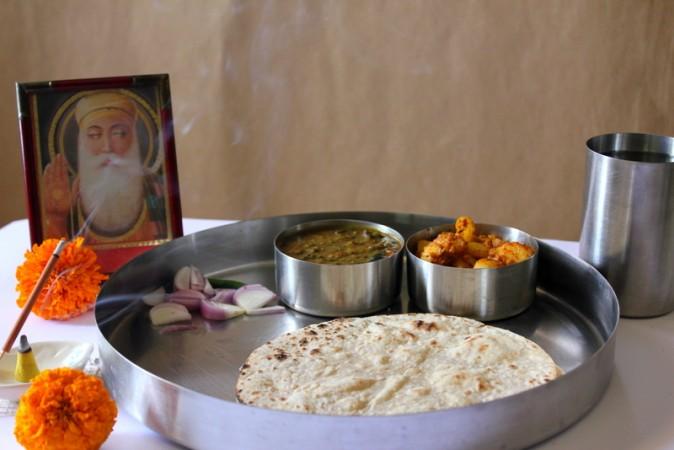 शुभ गुरुनानक जयंती पर बनाए स्वादिष्ट व्यंजन