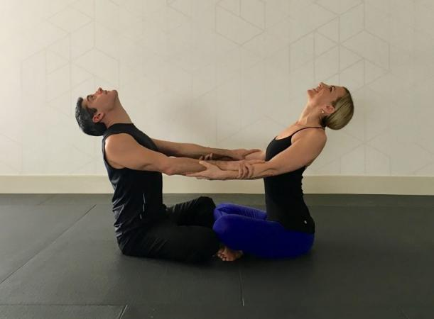 Do Yoga with your partner to get these amazing benefits