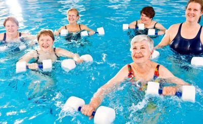 3 Easy water exercise to stay healthy