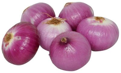 Raw onion protects against dangerous disease like cancer