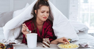 Tips to curb your emotional eating habit
