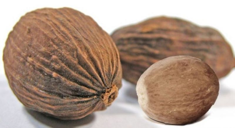 Nutmeg helps to remove bones pain