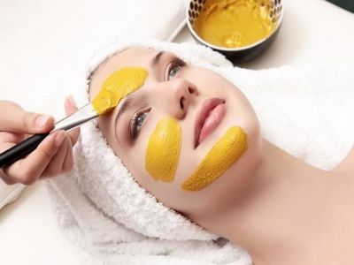 This Turmeric face pack will remove the dead skin