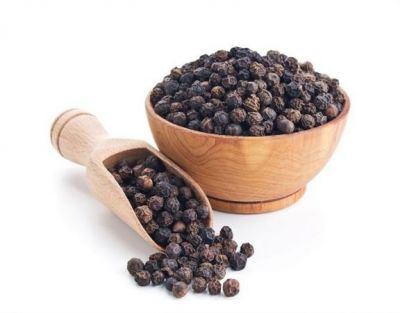 Cough will reduce taking  balck pepper and sugar candy mixture