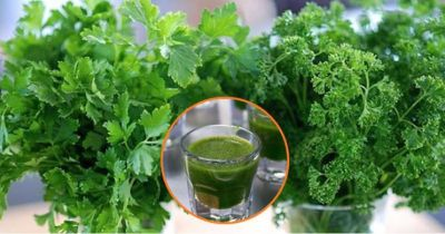 Papaya and green coriander Keeps weight in control