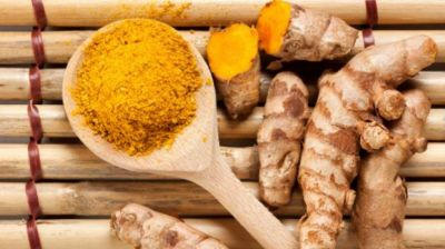 Use turmeric to fix skin allergy
