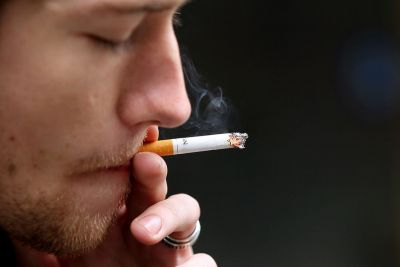 Middle-aged  should quit smoking, leads to heart failure